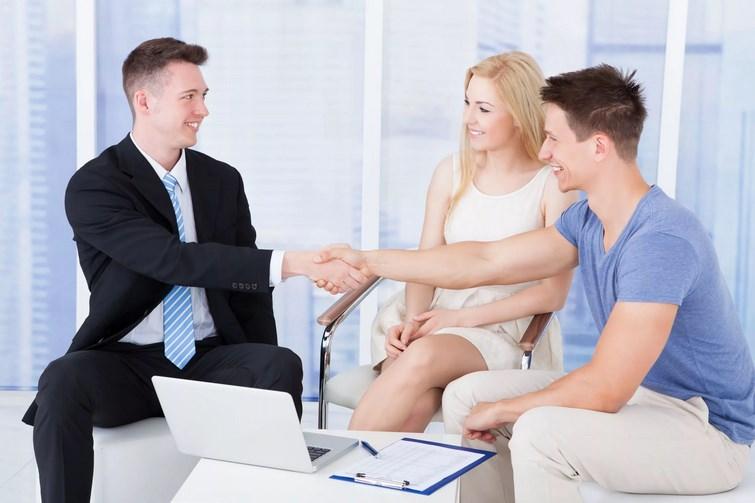 Страховка поможет сохранить финансы и имущество.