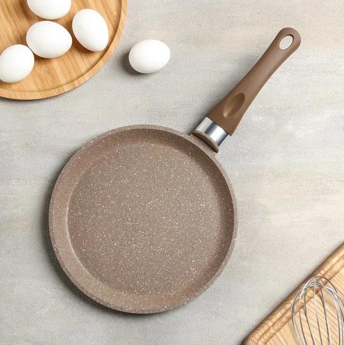 На что  нужно ориентироваться при покупке посуды?