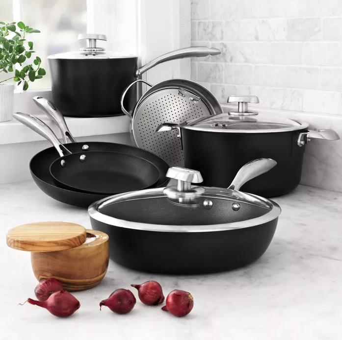 Как правильно использовать керамическую посуду и в чем польза?
