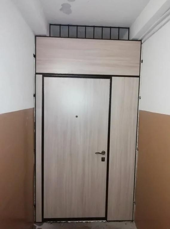 Строительство дома не обходится без качественных дверей.