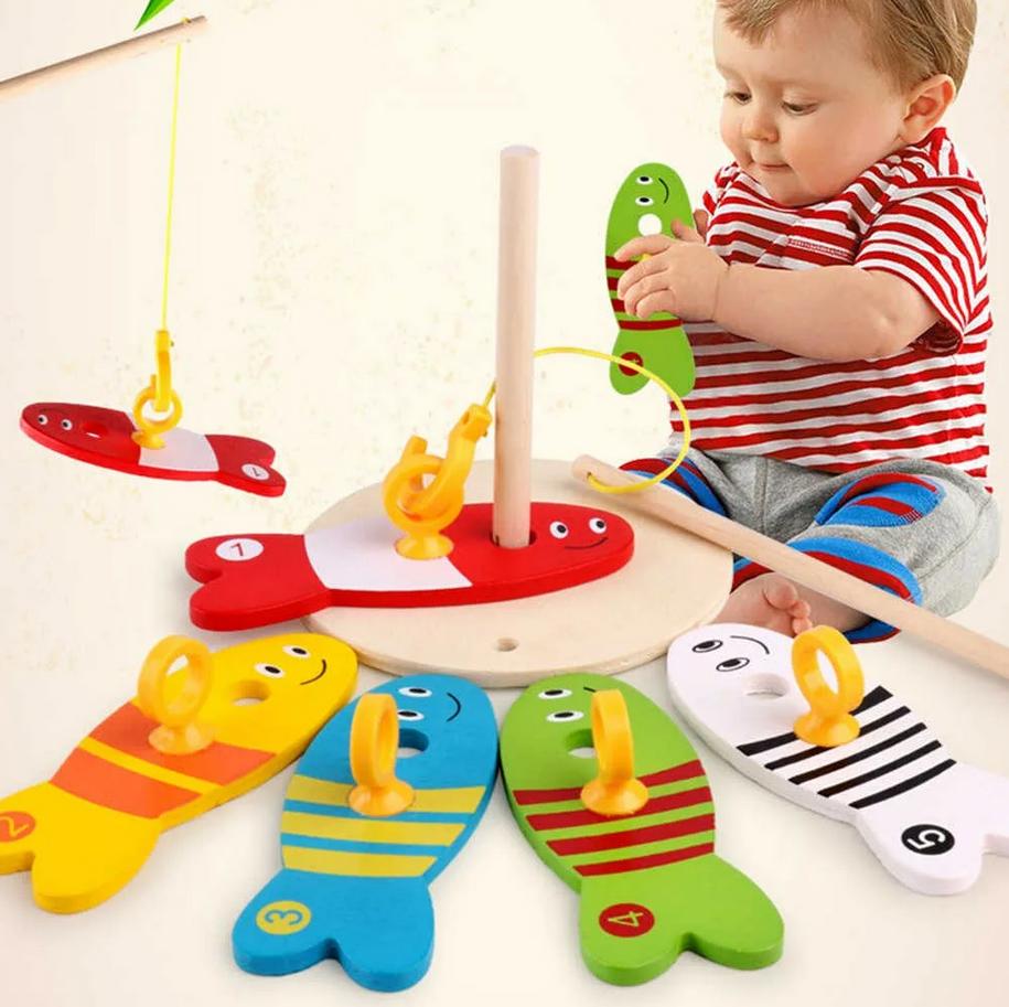 Возрастные и другие игрушки для деток.