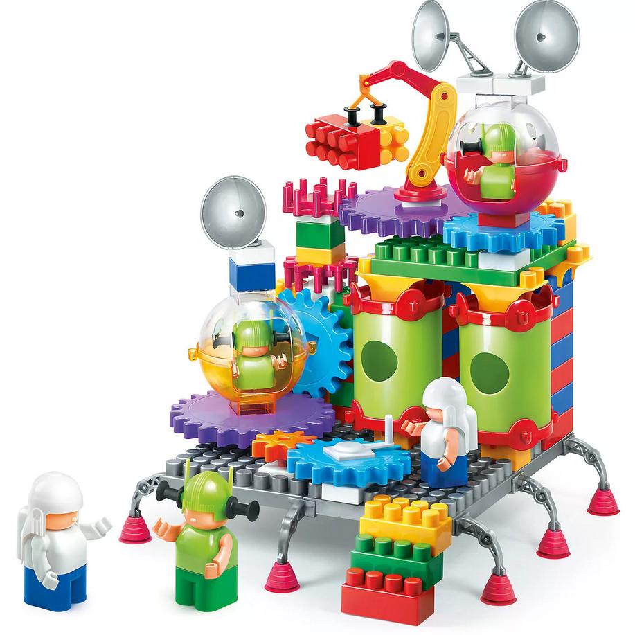 Как выбрать развивающую игрушку для ребенка?