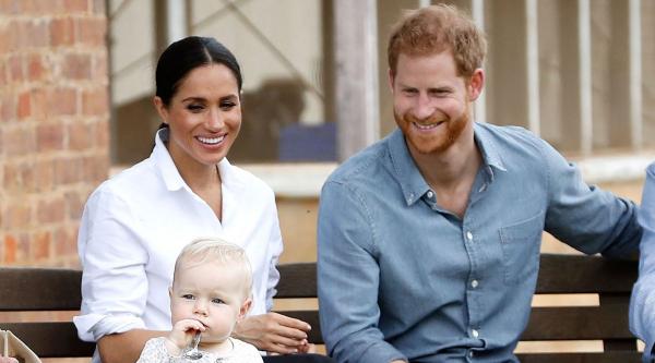Принц Гарри и Меган Маркл отказались от королевских полномочий