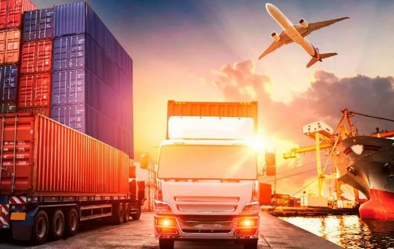 Особенности погрузки спецтехникой и перевозки грузов.